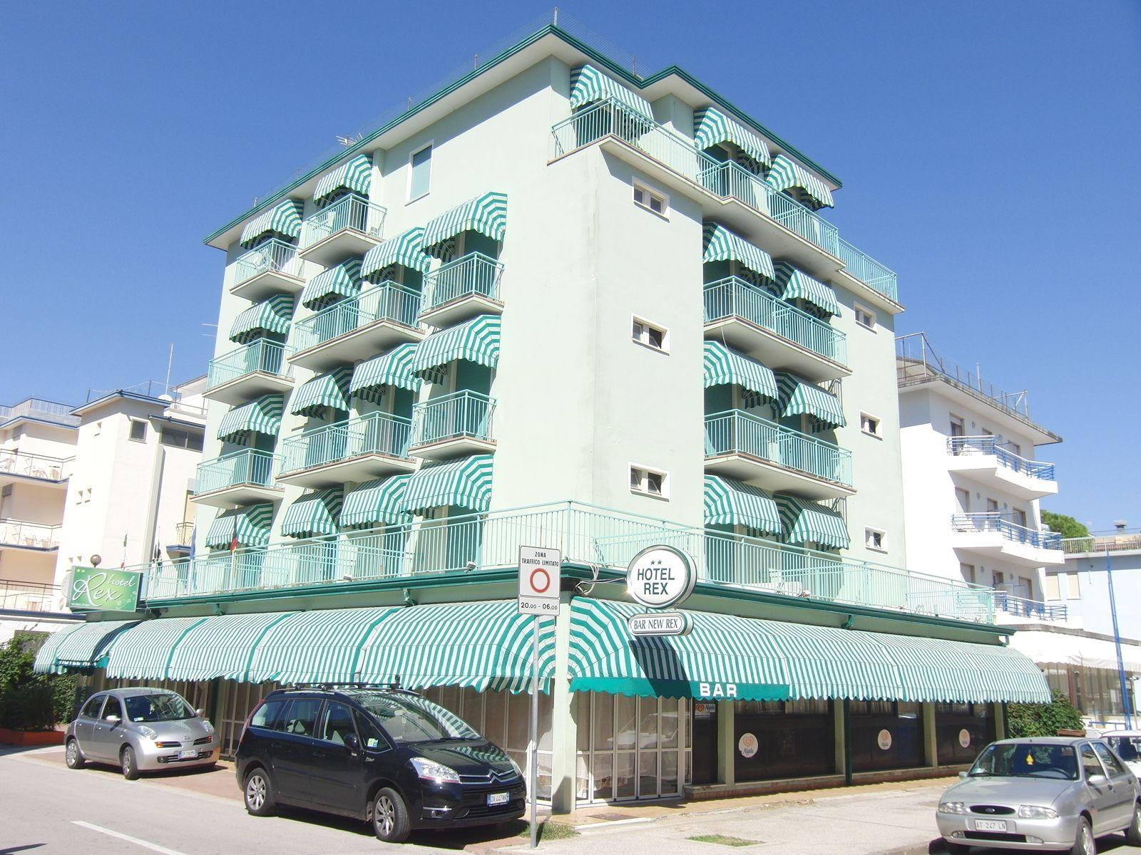 Hotel rex jesolo hotel 2 stelle jesolo - Hotel jesolo 3 stelle con piscina pensione completa ...